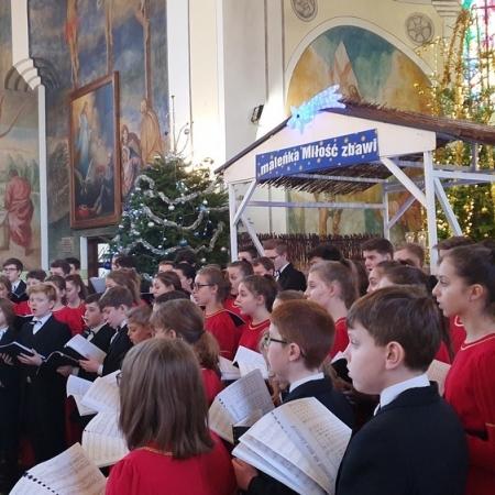 Koncert kolęd w kościele pod wezwaniem św. Jakuba Apostoła w Imielnicy w Płocku 05.01.2020